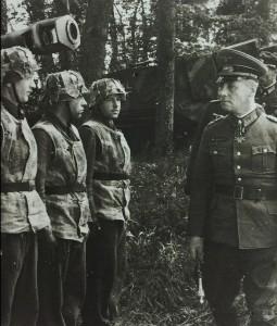 120 德军隆美尔元帅视察前线